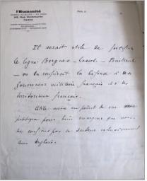 Figure 4 - Commentaires de Marcel Mauss concernant les             fortifications militaires durant la Première Guerre mondiale, sur             un papier à en-tête du journal L'Humanité, s. d. (Fonds Mauss,             IMEC)