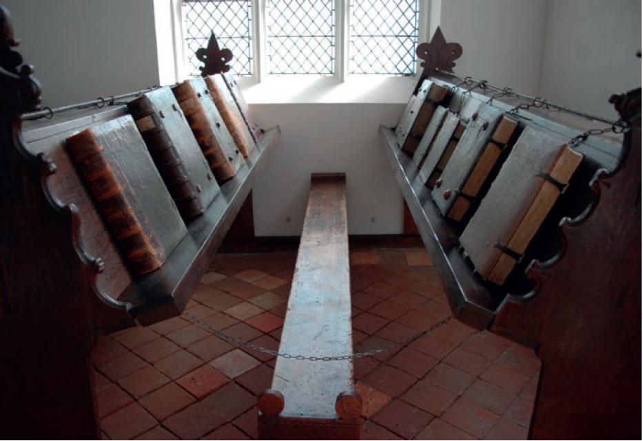 Figure 2 – La «Librije» (bibliothèque) de           l'église Sainte-Walburge à Zutphen aux Pays-Bas (1561-1564)